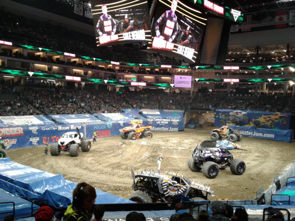 REVIEW: Monster Jam® Triple Threat Series™ presented by AMSOIL