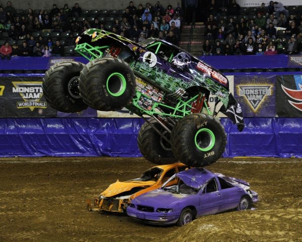 Monster Jam® Triple Threat Series™ presented by AMSOIL